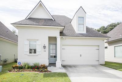 Lafayette  Single Family Home For Sale: 106 Nautilus Court