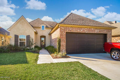 Broussard Single Family Home For Sale: 201 Edgewater Drive