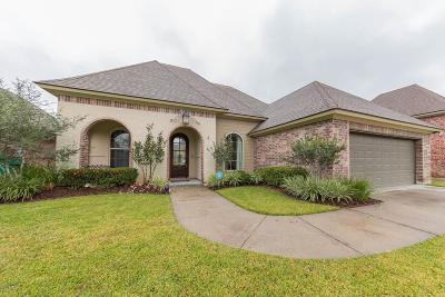 Broussard Single Family Home For Sale: 105 Glenbrook Drive