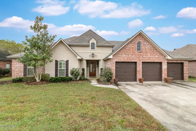 Lafayette  Single Family Home For Sale: 211 Abaco Lane