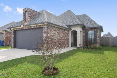 Lafayette Single Family Home For Sale: 310 Timber Bark Road