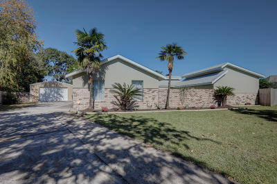 Lafayette Single Family Home For Sale: 108 Siesta Drive
