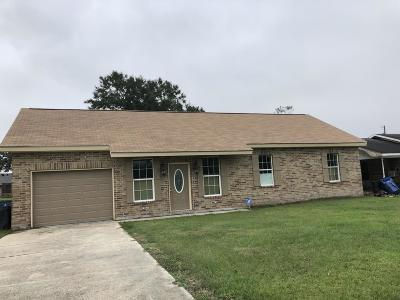 St Martinville, Breaux Bridge, Opelousas Single Family Home For Sale: 221 Carl Drive