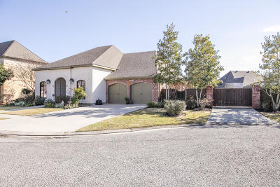 Lafayette Single Family Home For Sale: 209 Martele Boulevard