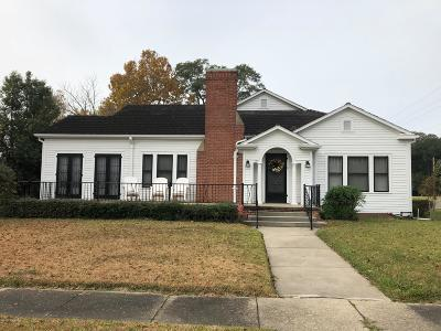 Eunice Single Family Home For Sale: 151 N 5th Street