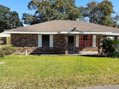Rayne Single Family Home For Sale: 806 Carver Street