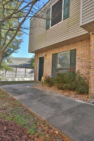 Lafayette Single Family Home For Sale: 100 Winchester Drive #209