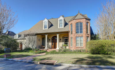 Lafayette Single Family Home For Sale: 135 Heartwood Circle