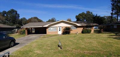 Lafayette Single Family Home For Sale: 202 Essen Drive