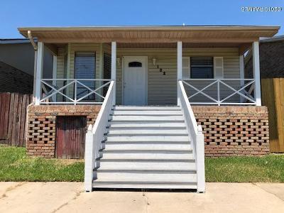 Single Family Home For Sale: 102 Rue Calliope