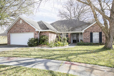 Lafayette Single Family Home For Sale: 102 Goodwood Circle
