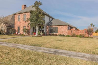 Lafayette Single Family Home For Sale: 213 Edinburgh Drive