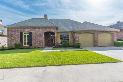 Single Family Home For Sale: 603 Sandhurst Drive