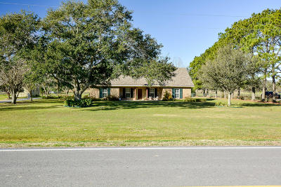 Single Family Home For Sale: 13801 La West Hwy. 693