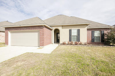 Rayne Single Family Home For Sale: 302 Country Lakes Trail