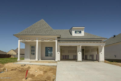Broussard Single Family Home For Sale: 303 Easy Rock Landing Drive