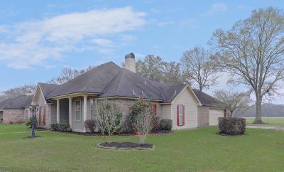 Lafayette Single Family Home For Sale: 100 Bartlett Drive