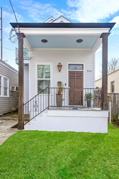 New Orleans LA Single Family Home For Sale: $369,000