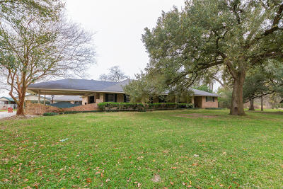 Lafayette Single Family Home For Sale: 615 Ridge Road