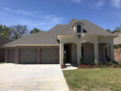 Youngsville Single Family Home For Sale: 211 Herbsaint