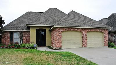 New Iberia Single Family Home For Sale: 4 Oak Bend