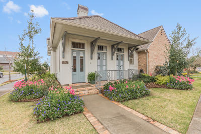 Lafayette Single Family Home For Sale: 301 Biltmore Way