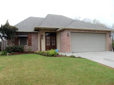 Lafayette  Single Family Home For Sale: 103 S Lakepointe Drive