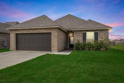 Sugar Ridge Single Family Home For Sale: 106 Valcour Place