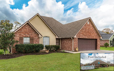 St. Martinville Single Family Home For Sale: 1032 Brookewood Drive