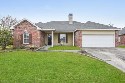Lafayette  Single Family Home For Sale: 112 Pathway Lane
