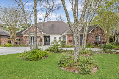 Lafayette  Single Family Home For Sale: 105 Bonner Drive