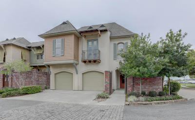 Lafayette  Single Family Home For Sale: 100 Sienna Place