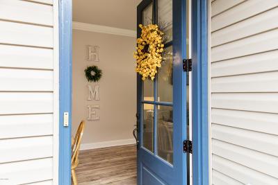 Lafayette Single Family Home For Sale: 236 Chimney Rock Boulevard