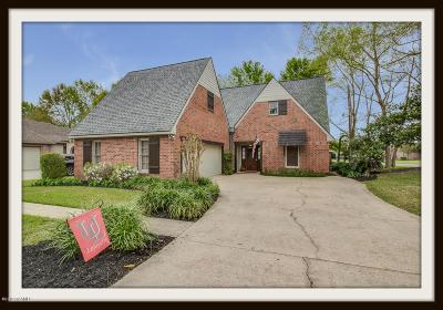 Lafayette  Single Family Home For Sale: 100 River Birch Drive