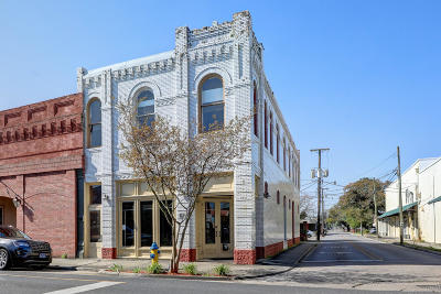 Iberia Parish Commercial For Sale: 145 W Main Street