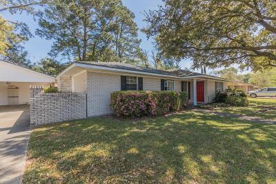 Lafayette  Single Family Home For Sale: 211 Broadmoor Boulevard