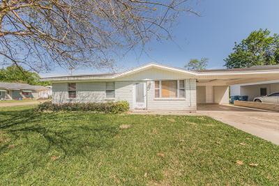 Single Family Home For Sale: 105 N Long Street