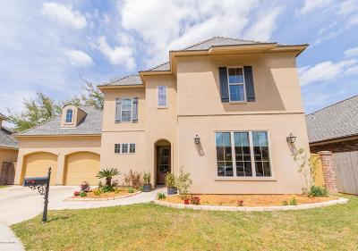 Lafayette Single Family Home For Sale: 112 King Ranch Drive