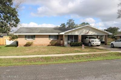 Lafayette Single Family Home For Sale: 205 Lynn Drive