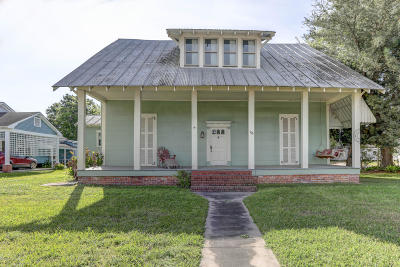 New Iberia Single Family Home For Sale: 176 Duperier Avenue
