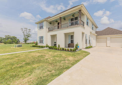 broussard Single Family Home For Sale: 1095 The Lake Drive