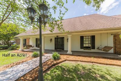 Lafayette Single Family Home For Sale: 112 Buffalo Run