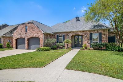 Lafayette Single Family Home For Sale: 300 Sandhurst Drive