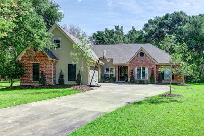 Lafayette Single Family Home For Sale: 214 Autumn Oak Bend