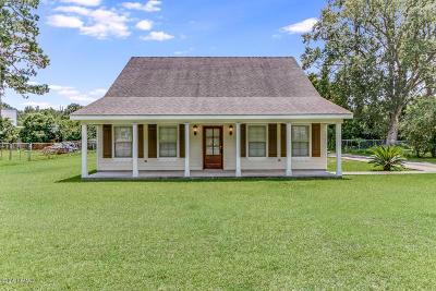Lafayette Single Family Home For Sale: 215 Morelan Drive