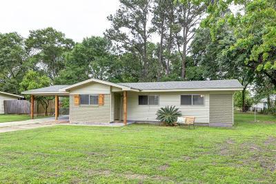 Lafayette  Single Family Home For Sale: 109 Antigua Drive