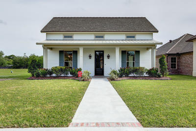 Lafayette  Single Family Home For Sale: 414 Dunvegan Court