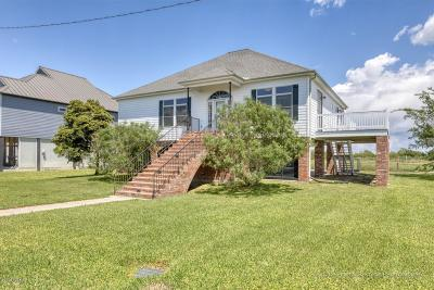 Single Family Home For Sale: 102 Sandpiper Lane