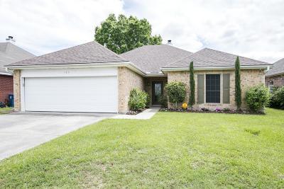 Single Family Home For Sale: 105 Songbird Lane
