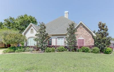 Lafayette Single Family Home For Sale: 409 River Oak Circle